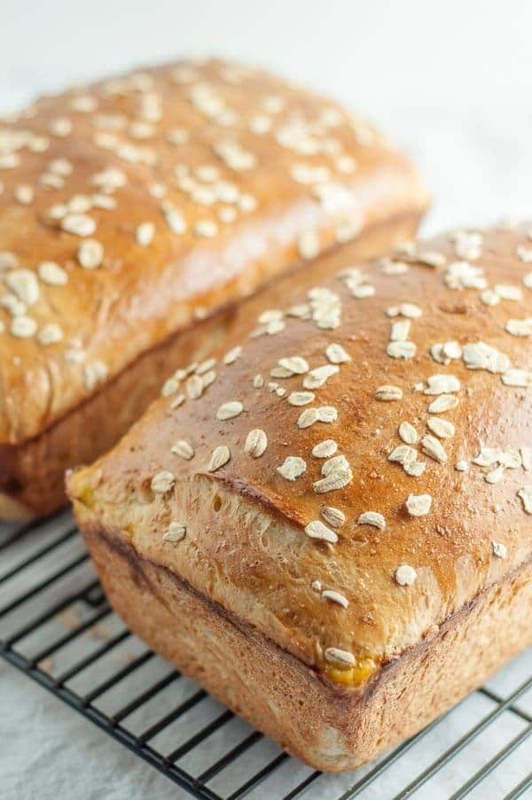 This Honey Oatmeal Bread recipe is an all-time favorite! It's light ...