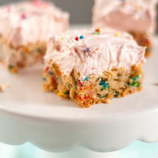This soft sugar cookie bar recipe is a dessert lover's dream come true. They are hands down the best bar cookie recipe out there, and everyone will be begging you for the recipe. http://www.mamagourmand.com